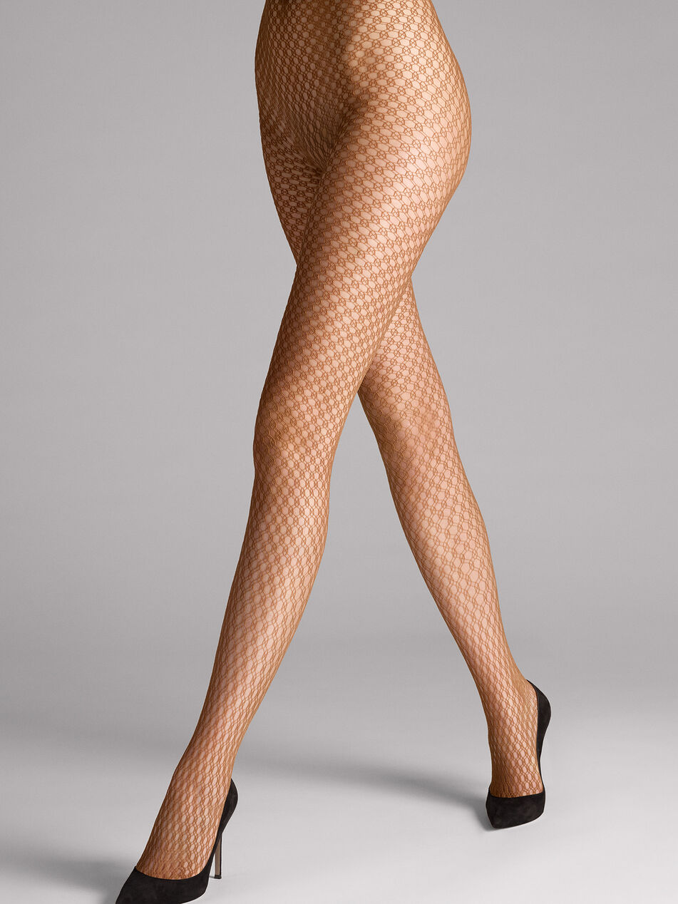 lilly-in-wolford-beige-pantyhose-video-light-pussys